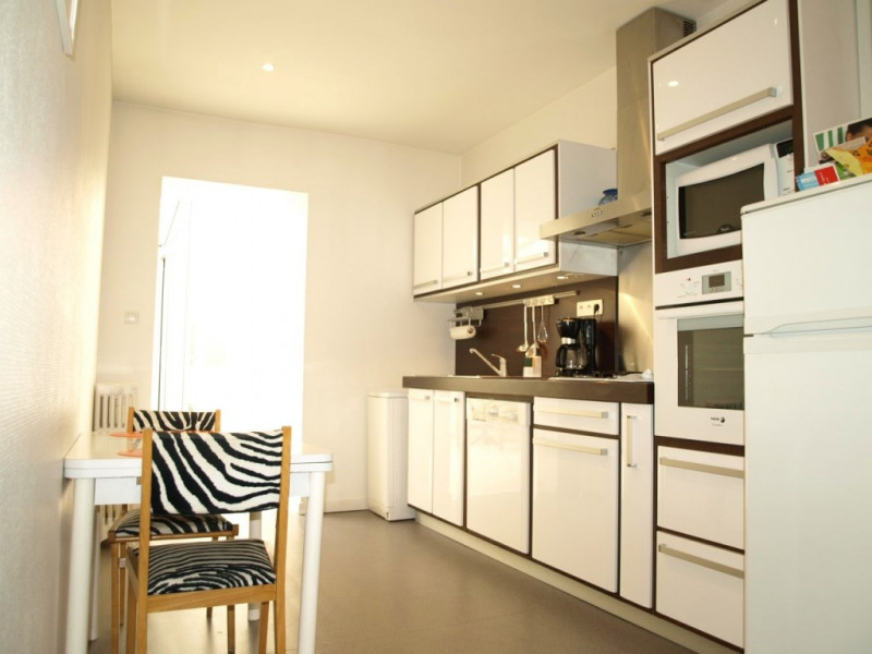 appartement vichy pour 4 personnes 90553714 seloger vacances. Black Bedroom Furniture Sets. Home Design Ideas