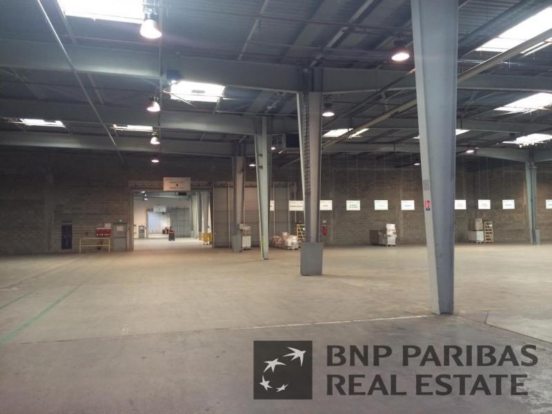 Location Local d'activités / Entrepôt Ormes