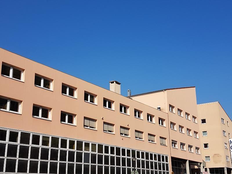 location bureau bourgoin jallieu is re 38 293 m r f rence n 38 97874. Black Bedroom Furniture Sets. Home Design Ideas