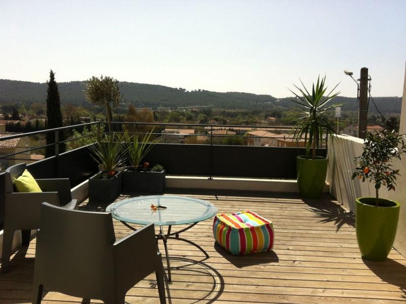 Belle maison contemporaine 120 m2 avec piscine, au calme, jolie vue