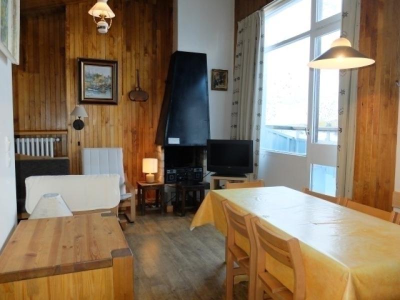 Appartement 2 pièces très spacieux, au coeur du quartier du Lavachet, il est en face de l'accès direct  aux pistes