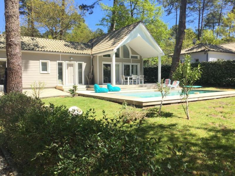 """Villa """"Alabama"""" avec piscine chauffée, entre golf, lac, océan, 2ch (6pers"""