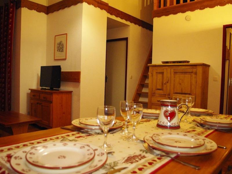 Appartement 4 pièces 53 m2 mezzanine à 150 m des pistes avec vue dominante.