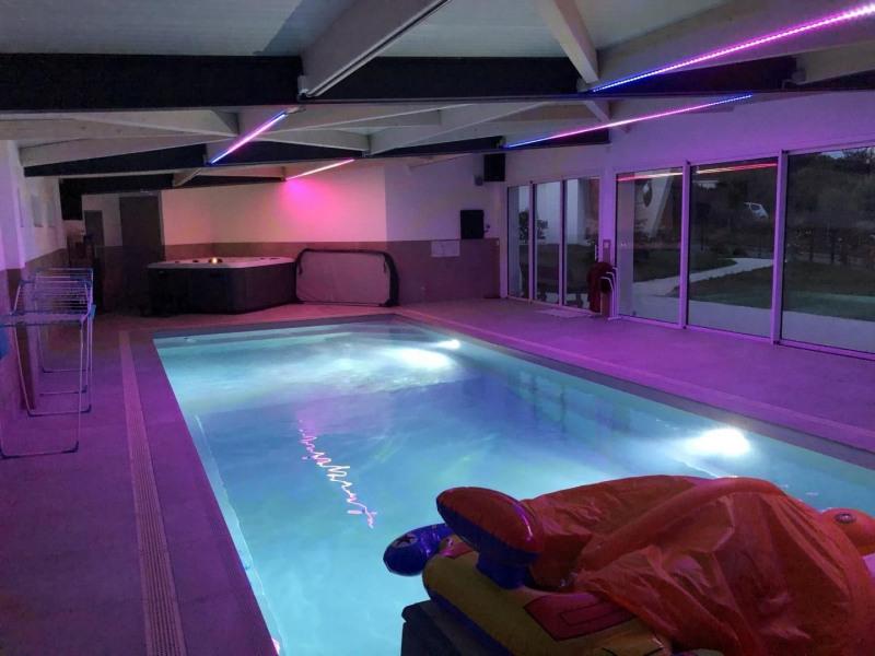 « AUX CORSAIRES », villa d'architecte 27 couchages avec piscine intérieure & SPA