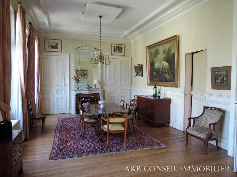 vente maison et villa de luxe troyes maison et villa de luxe propri t 490m 725000. Black Bedroom Furniture Sets. Home Design Ideas