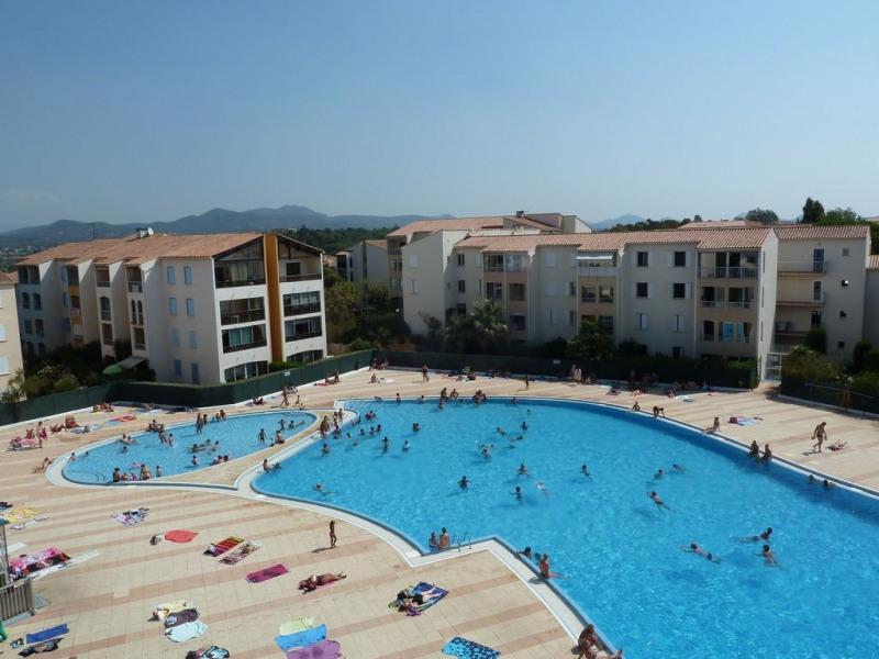 Très beau 3 pièces (50m2), terrasse, Gde piscine, tennis dans résidence paysagée