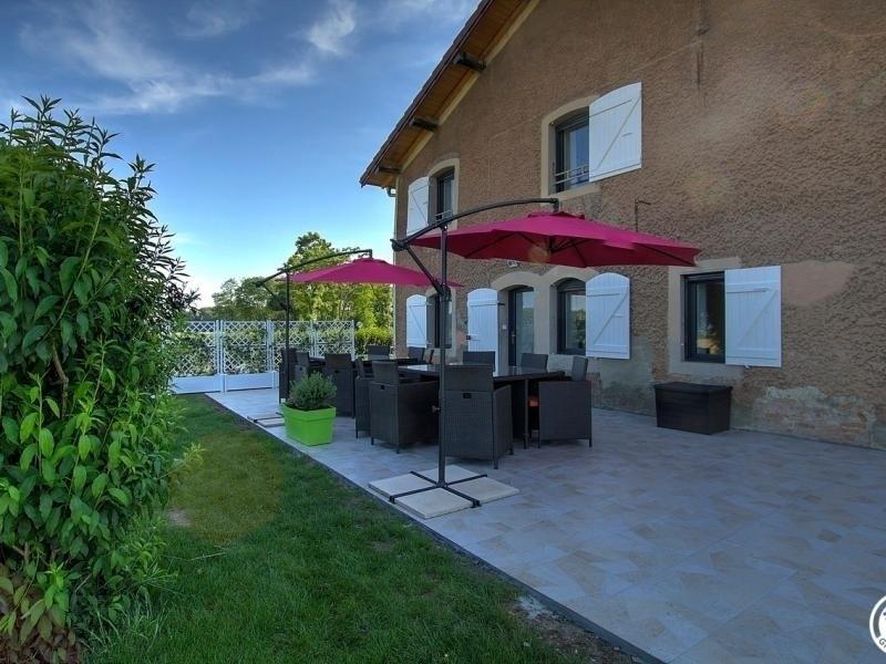 Location vacances Péronnas -  Maison - 12 personnes - Barbecue - Photo N° 1