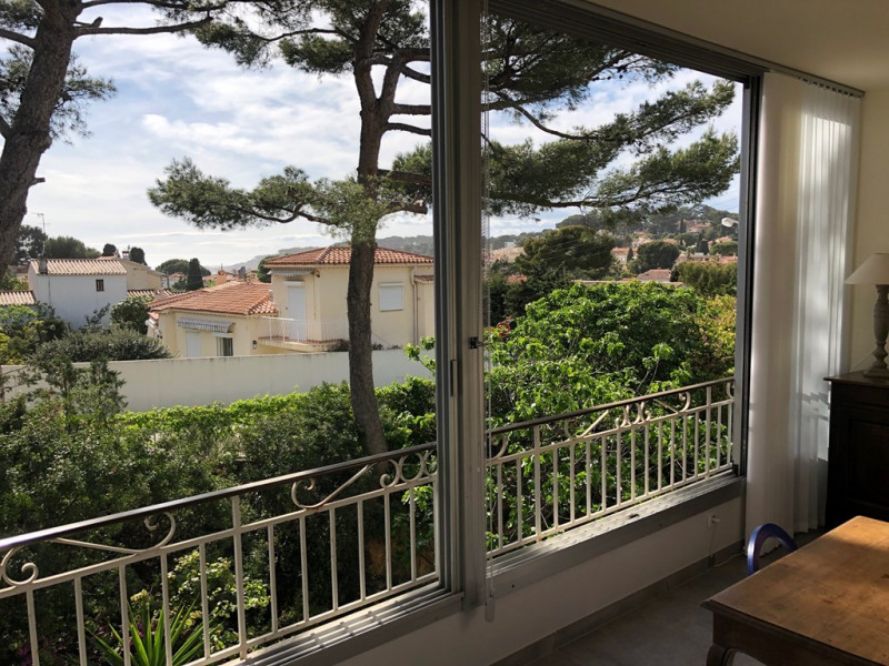 Holiday rentals Sanary-sur-Mer - Apartment - 5 persons - Television - Photo N° 1