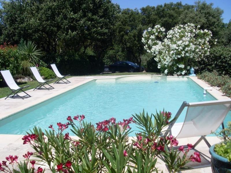 Appartement pour 4 pers. avec piscine, Cornillon-Confoux