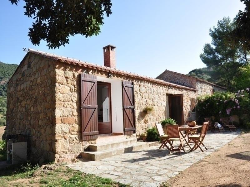 Agence Propriano Location : Magnifique bergerie au coeur des vignes