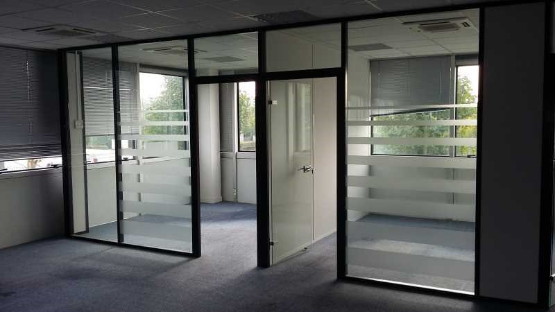 vente bureau roissy en france 95700 bureau roissy en. Black Bedroom Furniture Sets. Home Design Ideas