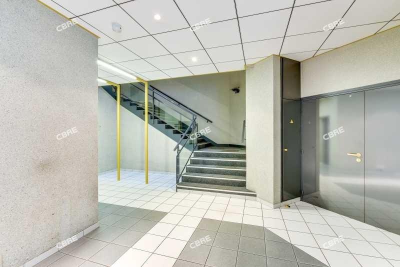 location bureau nanterre hauts de seine 92 516 m r f rence n 74348. Black Bedroom Furniture Sets. Home Design Ideas
