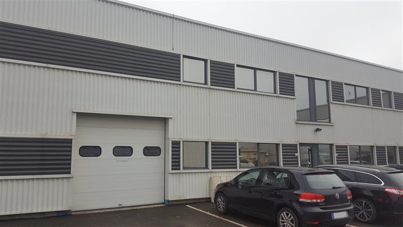 Location bureau chartres de bretagne ille et vilaine 35 for Chartres de bretagne piscine