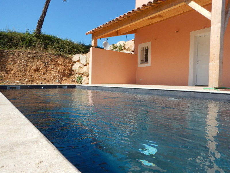 VACANCES EXCEPTIONNELLES EN CORSE DU SUD, villa avec piscine