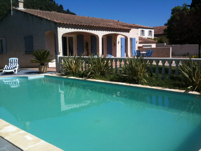 Location vacances Lamanon -  Maison - 8 personnes - Barbecue - Photo N° 1