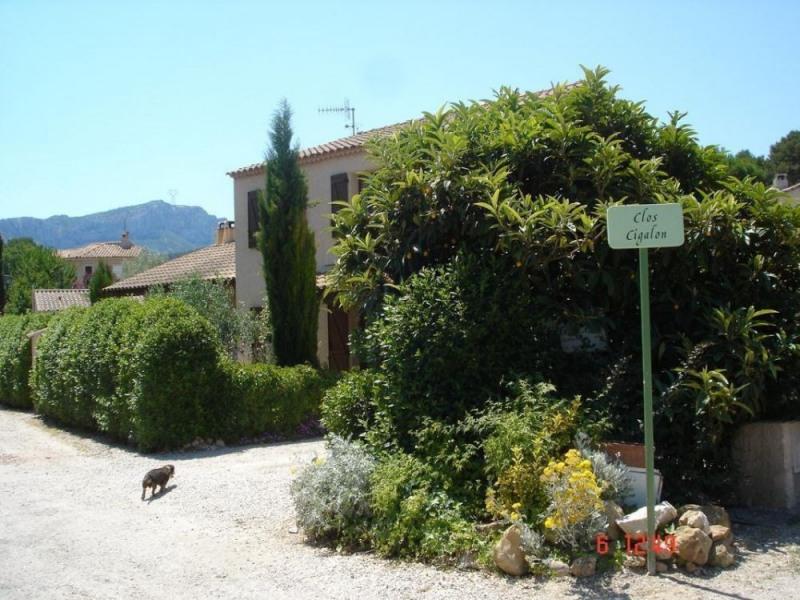 Location vacances Auriol -  Gite - 4 personnes - Barbecue - Photo N° 1