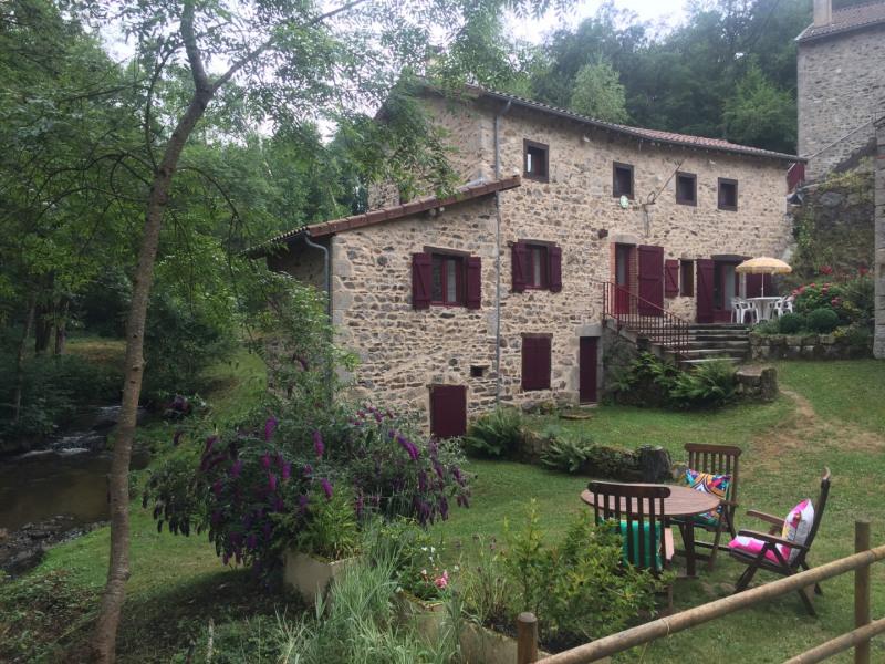 Location vacances Ferrières-sur-Sichon -  Gite - 7 personnes -  - Photo N° 1