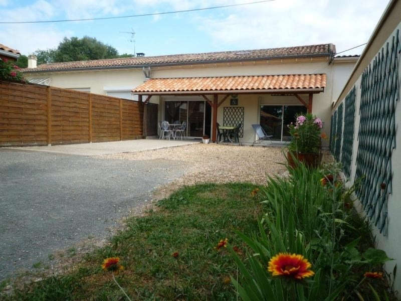 Location vacances Vayres -  Maison - 4 personnes - Barbecue - Photo N° 1