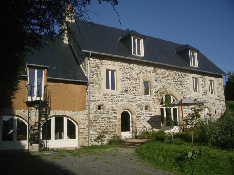 Manor of the 16th C. -20%  from the 24-05 to 15-06 - Courcy