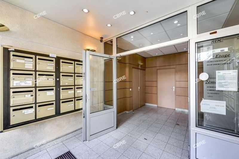 location bureau pantin glise sept arpents 93500. Black Bedroom Furniture Sets. Home Design Ideas