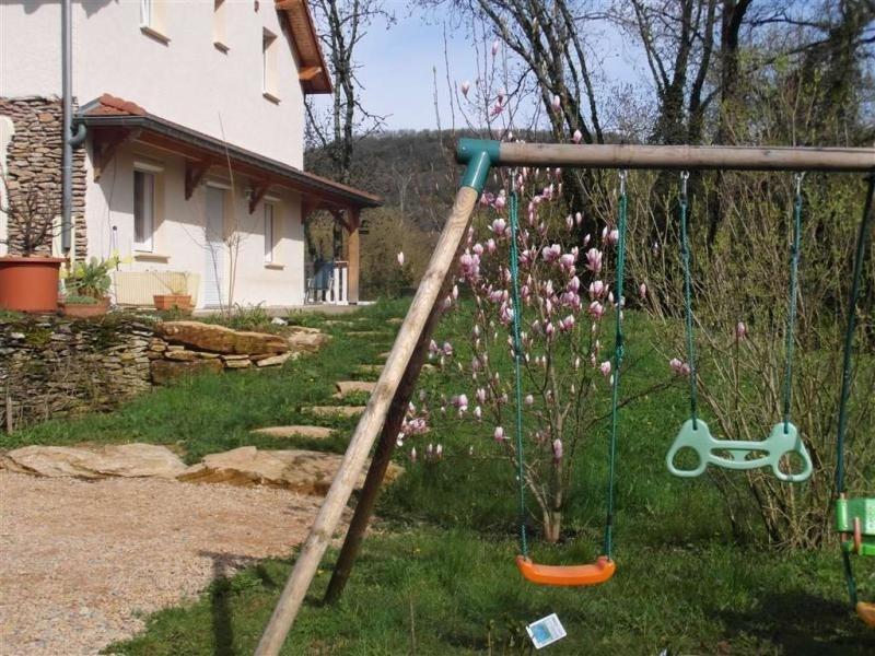 Location vacances Siccieu-Saint-Julien-et-Carisieu -  Maison - 4 personnes - Barbecue - Photo N° 1