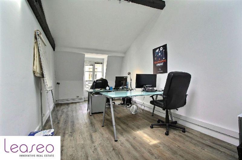 location bureau paris 8 me 75008 bureau paris 8 me de 130 m ref 3286sl. Black Bedroom Furniture Sets. Home Design Ideas