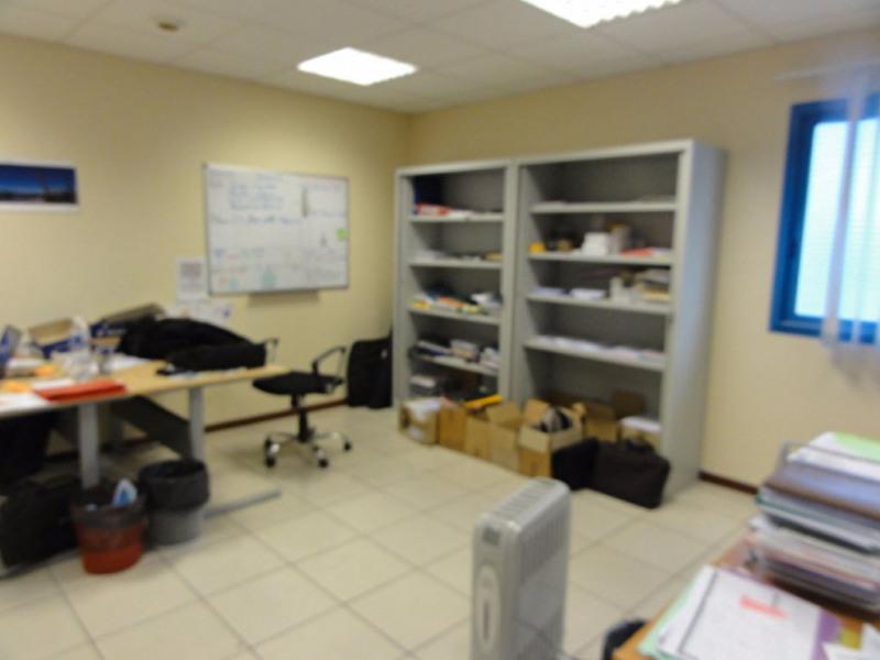 vente bureau aubi re secteur d 39 activit s economiques 63170 bureau aubi re secteur d. Black Bedroom Furniture Sets. Home Design Ideas