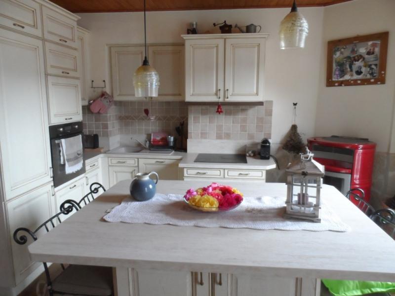 Location vacances Saint-Martin-Vésubie -  Appartement - 5 personnes - Salon de jardin - Photo N° 1