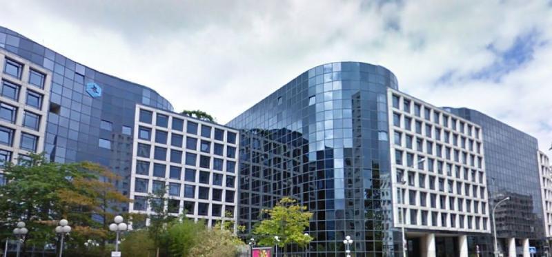 location bureau courbevoie hauts de seine 92 430 m r f rence n 9694sl. Black Bedroom Furniture Sets. Home Design Ideas