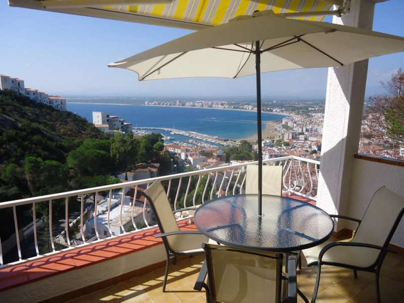 Ferienwohnungen Rosas - Wohnung - 6 Personen - Liegestuhl - Foto Nr. 1