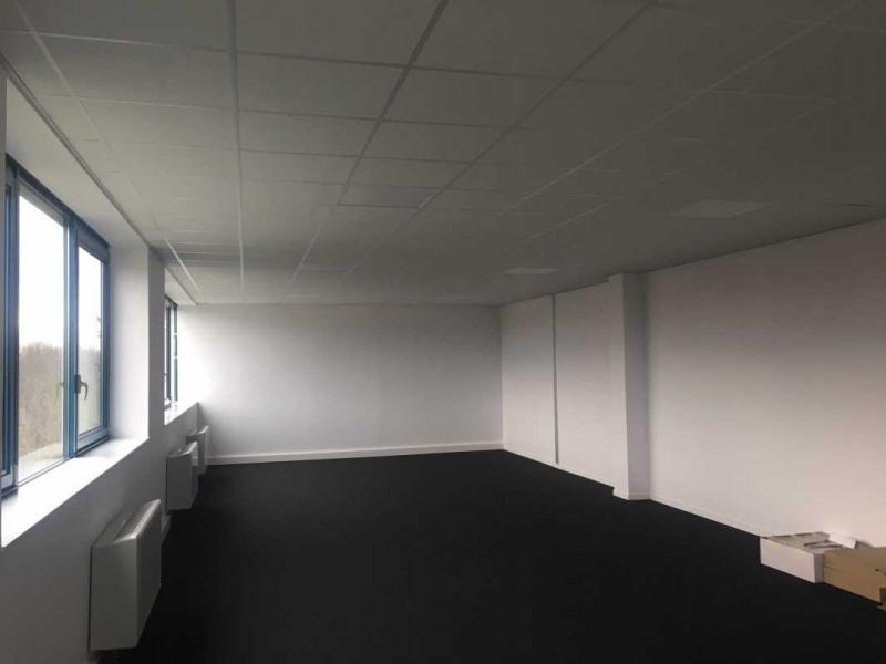 location bureau cully le perollier 69130 bureau cully le perollier de 91 m ref 455600. Black Bedroom Furniture Sets. Home Design Ideas
