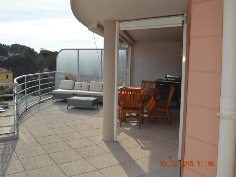 APPARTEMENT 4 PIECES 8 COUCHAGES A CAVALAIRE