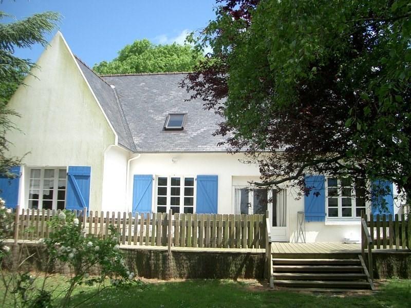 grande maison   avec terrasse,  jardin arboré, jeux enfants pour familles et groupes - Ploumilliau