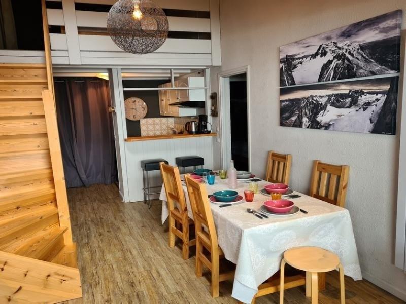 Location vacances Montvalezan -  Appartement - 7 personnes - Télévision - Photo N° 1