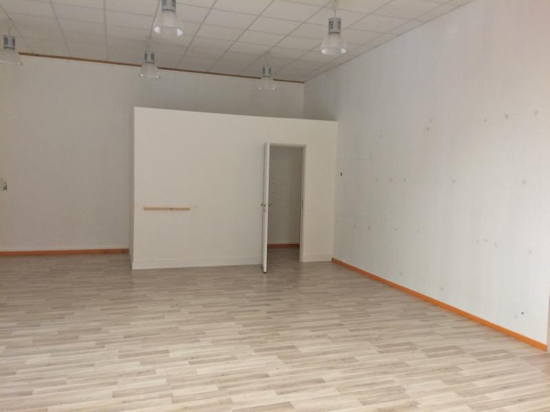 location bureau orchies ouest 59310 bureau orchies ouest de 116 86 m ref 601102. Black Bedroom Furniture Sets. Home Design Ideas