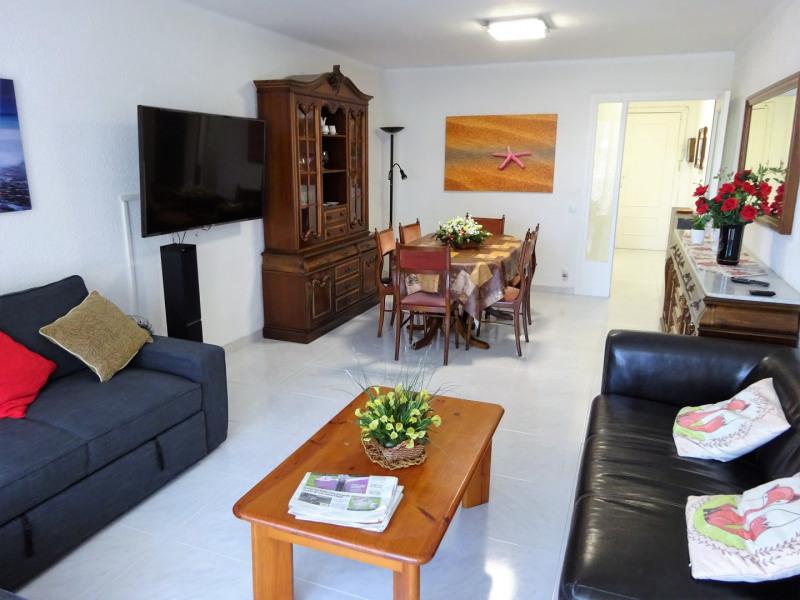 Grand appartement ensoleillé jusqu'à 12 personnes
