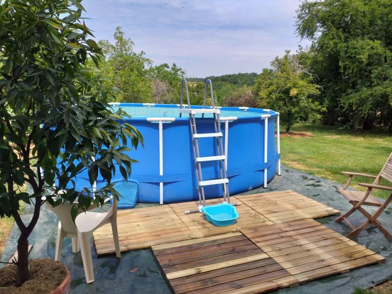 Chalet sur pilotis !!! maison résolument atypique   pour 8 à 10 personne(s) avec son spa intérieur fonctionnel à l année