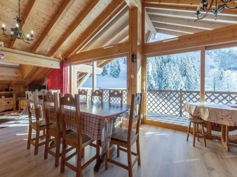 Proximité ski nordique, lumineux, vue massif de Balme, garage, WIFI