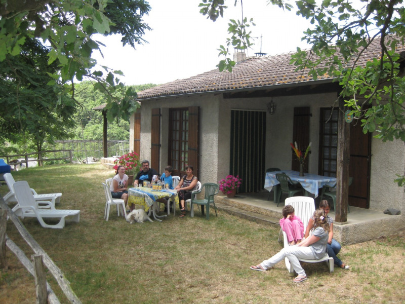 Location vacances Trébas -  Gite - 6 personnes - Barbecue - Photo N° 1