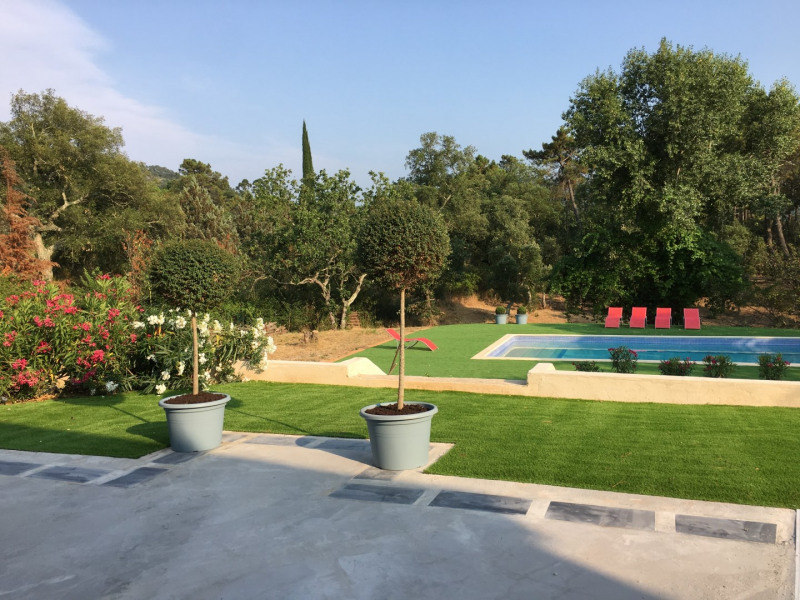 Le jardin-La piscine-la terrasse