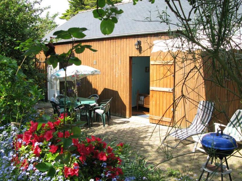 arriere ;cour  plein sud  terrase salon jardin bar