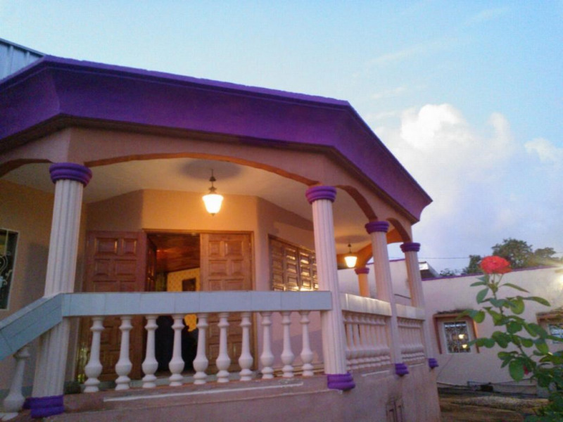Holiday rentals Yaoundé IV - House - 8 persons - Yard - Photo N° 1