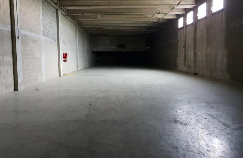 Local d'activités / Entrepôt