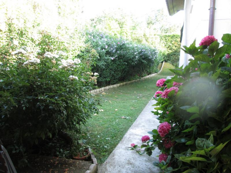 jardin côté chambres