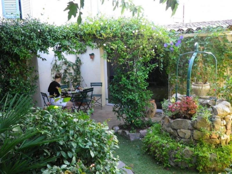 Location vacances Roquebrune-sur-Argens -  Chambre d'hôtes - 6 personnes - Jardin - Photo N° 1
