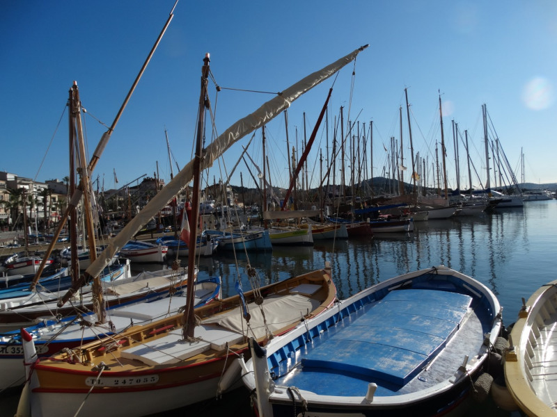 Location vacances Sanary-sur-Mer -  Appartement - 4 personnes - Barbecue - Photo N° 1