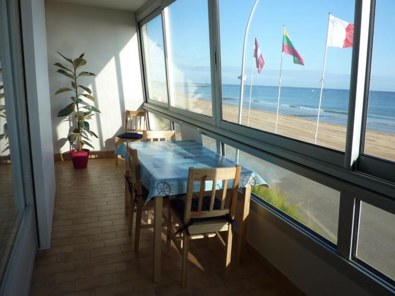 Location vacances Courseulles-sur-mer -  Appartement - 4 personnes - Jeux de société - Photo N° 1