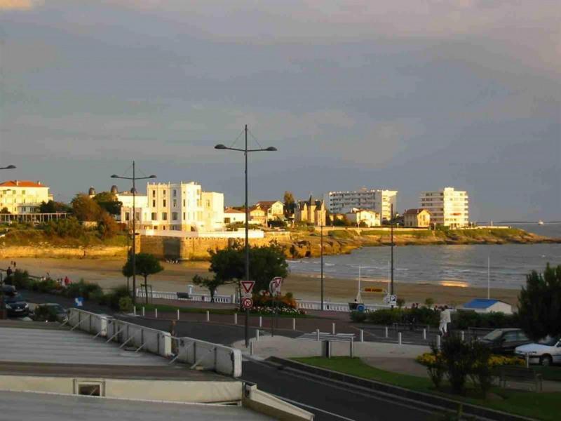 la plage vue de l'appartement