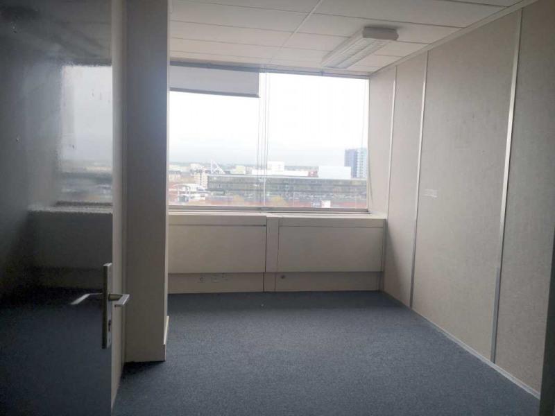 location bureau cergy val d 39 oise 95 597 m r f rence n 607716w. Black Bedroom Furniture Sets. Home Design Ideas
