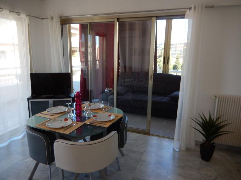 appartement neuf, situé a 100M de la mer tous confort